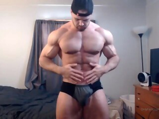 bodybuilder worship Bodybuilder with Musclecock