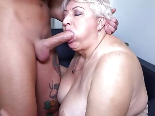 blowjob bbw Big mom sucks and fucks her toyboy