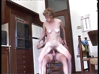 anal hairy granny Giuseppina fucked in her ass.mp4